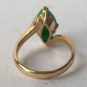Vintage Jewelry - Vintage 22kt gold natural marquise shape jade ring
